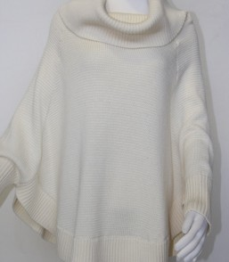 MG Fine Australian Merino Elegant Poncho With Sleeves